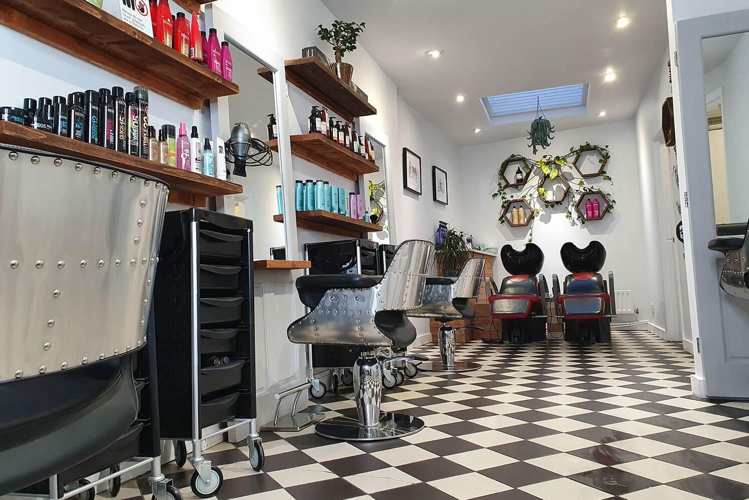Heads High hairdresser in Brixton